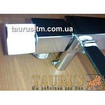 Кран угловой квадратной формы ThermoPulse CUBE chrome 1/2 для полотенцесушителей. Плоский дизайн