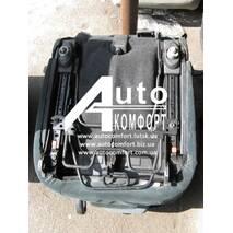 """Автосиденья б. у. Peugeot 307 SW (Пежо 307 SW) 3 шт. """"трансформеры"""""""