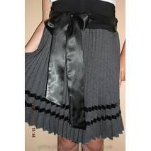 Спідниця плісе-гофре  для дівчинки асфальтовий габардин із стрічками