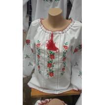 Жіноча вишиванка з трояндами