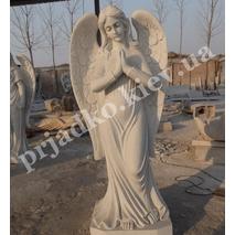 Статуя ангела из белого мрамора