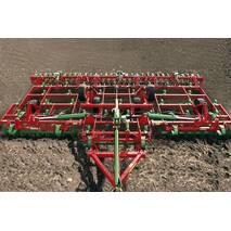 Полунавесной почвообрабатывающий агрегат UNIA VIKING XL