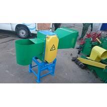Дробильная машина (измельчитель веток) тракторная