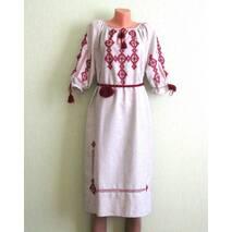 Платье вышитое ручной работы