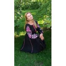Дуже гарна сукня вишита ручної роботи сучасна
