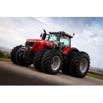 Колесный трактор Massey Ferguson 8737
