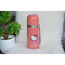 Мультяшный розовый термос Hello Kitty.