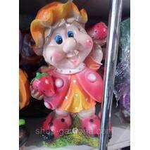 """Декоративная фигура для вашего сада и дома """"гном с клубничкой"""""""