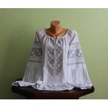Вишукана жіноча сорочка вишита ручної роботи