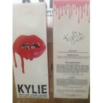 Набор матова помада і олівець Kylie Matte Liquid Lipstick & Lip liner