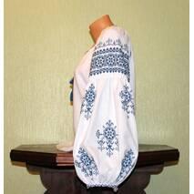 Жіноча сорочка вишита ручної роботи з широким рукавом