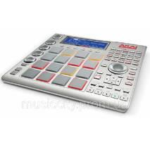 Контроллер Akai MPC Studio