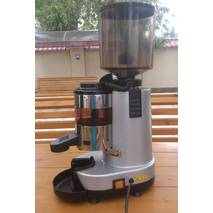 Кофемолка (гриндер) Gino Rossi RR55 2012 года Б\У Идеальное состояние.