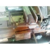Різання металу стрічковою пилою в Харкові
