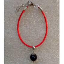 Красная нить оберег натуральный камень Агат черный 10 мм