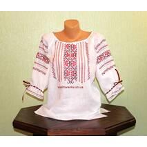 Стильная вышитая рубашка ручной работы для девушки