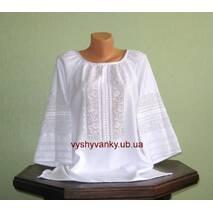 Изысканная женская рубашка белым по белому ручной работы