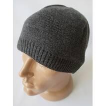 Купити із складу оптом чоловічі шапки.