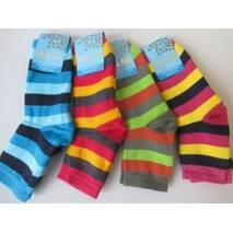 Красивые яркие носочки для молодежи.