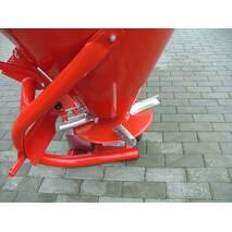Разбрасыватель минеральных удобрений (навесной) JAR-MET 500 кг