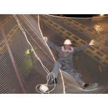 Сетка защитно-улавливающая капроновая рулонная для строек, 40х40, 5 мм