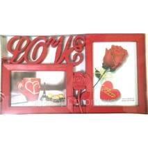 Мультирамка червоного кольору на 2 фото Любов