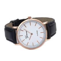 Часы GENEVA золотистые W055