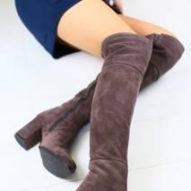 Женские замшевые высокие сапоги с обтянутым каблуком
