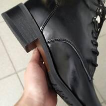 Ботинки черные кожаные на шнуровке демисезонные 35
