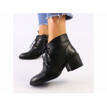 Женские черные кожаные ботинки 40