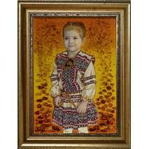 Портрет дівчинки із бурштину