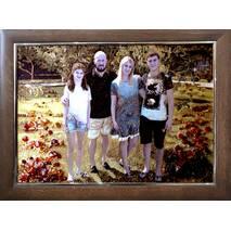 Красивий сімейний портрет із бурштину