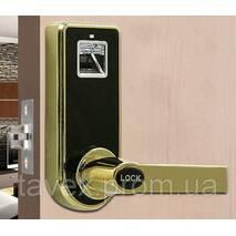 Замок электронный с биометрическим доступом DF818