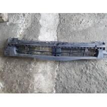 Кронштейн кріплення бампера перед середній 06- OPEL VIVARO 01- (ОПЕЛЬ ВІВАРО) (93856003)