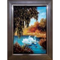 """Картина з бурштину """"Лебеді"""" 20x30 см"""