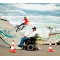 """Инвалидная коляска с электроприводом """"TDX SP"""", Invacare (Германия)"""