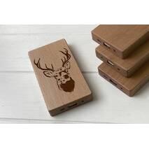 Дерев'яний зовнішній акумулятор Maple з гравіюванням Dear