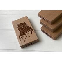 Дерев'яний зовнішній акумулятор Maple з гравіюванням Bear