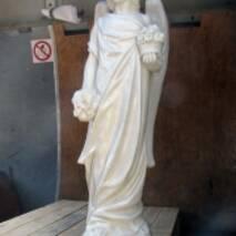 Статуя из декоративного бетона