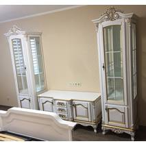 Деревянная однодверная витрина Версаль