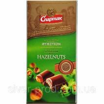 """Шоколад молочный с цельным фундуком 90г """"СПАРТАК"""" (1/20 или 17)"""
