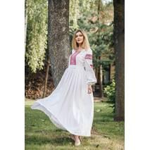 Женственное платье вышиванка