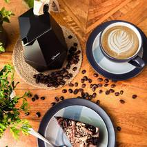 Гейзерная кофеварка на 4 чашки Sasso   200 мл
