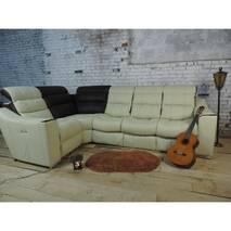 Угловой кожаный диван  с реклайнером COMFY