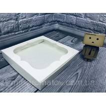 Коробка з віконцем  20х20х3 см