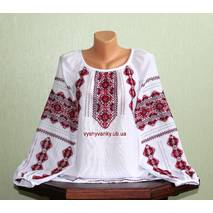 женская вышиванка на домотканом полотне