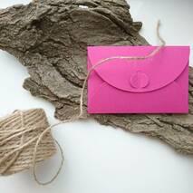 Подарунковий конверт з ач крафт-картона 80 х 120 мм   ПОДАРУНОК (на 200 шт конвертів) Рожевий