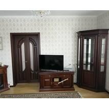 Класичні меблі Соната з дерева в вітальню