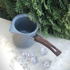 Серая турка для варки кофе из углеродистой стали 1100 мл Kamille с ручкой под дерево