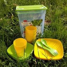 Набор пластиковой посуды для пикника на 4 персоны 16 предметов